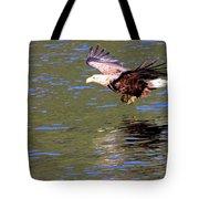 Sea Eagle's Water Landing Tote Bag