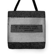 Shea Stadium Pitchers Mound In Black And White Tote Bag