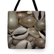 Shell Sigay 1 Tote Bag