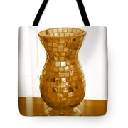 Shell Vase Tote Bag