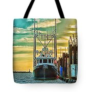 Single Fish Boat Hdr Tote Bag