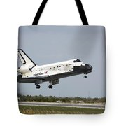 Space Shuttle Discovery Approaches Tote Bag