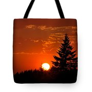 Spectacular Sunset II Tote Bag