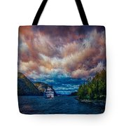 Steamboat On The Hudson River Tote Bag