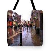 Street Scene Outside Windsor Castle Tote Bag