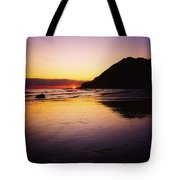 Sunset And Sea Tote Bag