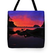 Sunset At Sunset Bay Tote Bag