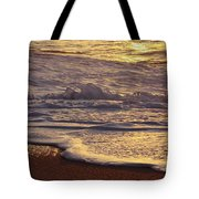Sunset On Small Wave Tote Bag