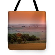 Sunset On The Prairies, Holland Tote Bag