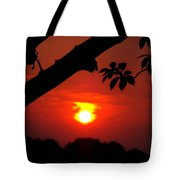 Sunset Over The Golf Course Tote Bag