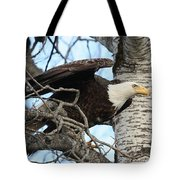 The Descending Queen Tote Bag