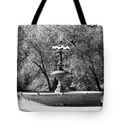 The Fountain In Black And White Tote Bag