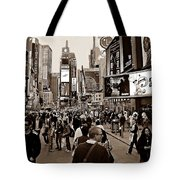 Times Square New York S Tote Bag