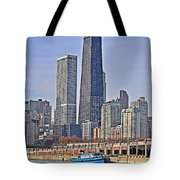 Tugboat On The Chicago River Tote Bag