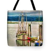 Ucluelet Harbour Hdr Tote Bag