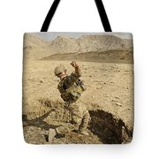 U.s. Air Force Soldier Throws A Frag Tote Bag