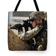U.s. Army Sergeant Pulls Security While Tote Bag