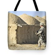 U.s. Army Soldier Conducts A Dismounted Tote Bag