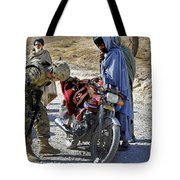 U.s. Army Soldier Conducts Vehicle Tote Bag