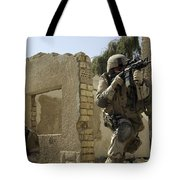 U.s. Army Soldiers Reacting To Small Tote Bag