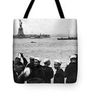 Uss Pennsylvania Sailors Cheer Tote Bag