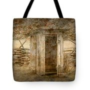 Vintage Looking Old Outhouse In The Great Smokey Mountains Tote Bag