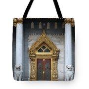 Wat Benchamabophit Ubosot Front Entrance Dthb1242 Tote Bag