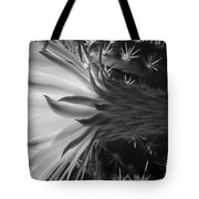 Woven Flower Bw Tote Bag