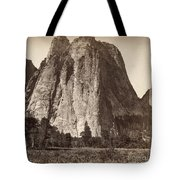Yosemite: Cathedral Rock Tote Bag