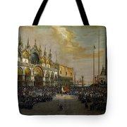 Popolo Di Venezia Solleva Tote Bag