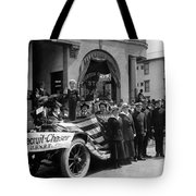 W Recruiting Parade 1918 Black White 1910s Bank Tote Bag