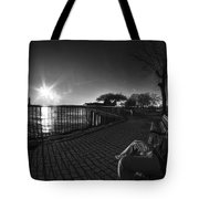 04 Me Sunset 16mar16 Bw Tote Bag