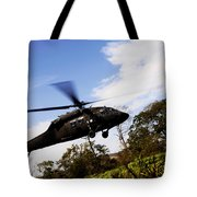 A U.s. Army Uh-60 Black Hawk Helicopter Tote Bag
