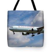 Air Canada Boeing 767 Tote Bag