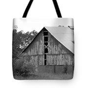 Barn In Kentucky No 70 Tote Bag