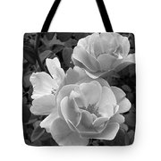 Black And White Roses 2 Tote Bag