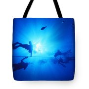 Diver On Mahi Wreck Tote Bag