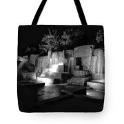 Fdr Memorial Water Wall Tote Bag