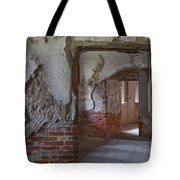 Fort Warren 7155 Tote Bag