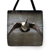 Goose In Flight Tote Bag