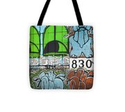 Graffiti #5781 Tote Bag