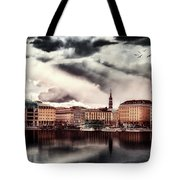 Hamburg At Dusk Tote Bag