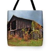 Ohio Barn In The Fall Tote Bag
