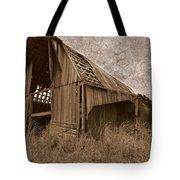 #210 Old Barn Tote Bag