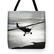 Piper L-4 Cub In Us Army D-day Colors Tote Bag
