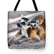 Ring Tailed Lemur With Baby Tote Bag