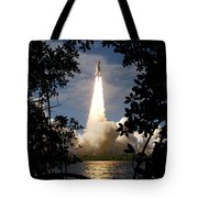 Space Shuttle Atlantis Lifts Tote Bag