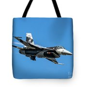 18th Aggressor Sgn Viper Pulling Up Trailing Vapes Tote Bag