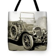 1910 Pope Hartford T Black And White 2 Tote Bag