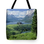 1m3001 Prince Of Wales From Afar Tote Bag